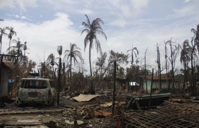 Burnt down house in northern Rakhine State (Photo by Moe Zaw VOA)